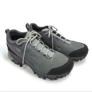 La Sportiva Spire GTX Size 7.5 Hiking Shoes